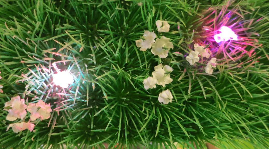 diese kleinen Blüten kleben auch auf den LEDs